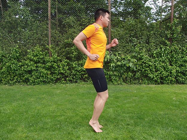 Dr. Matthias Marquardt, MARQUARDT RUNNING Athletik-Uebung: Prellhopser 02