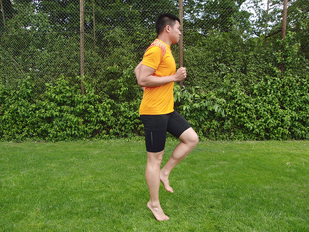 Dr. Matthias Marquardt, MARQUARDT RUNNING Athletik-Uebung: Prellhopser 03