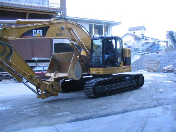M-104 / Cat 321 C LCR / 138 kW / 25to / 2006