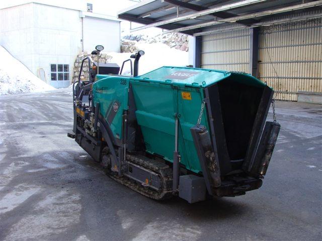 M-338 / Vögele Super 800 / 57kW / 2008 / Einbaubreite