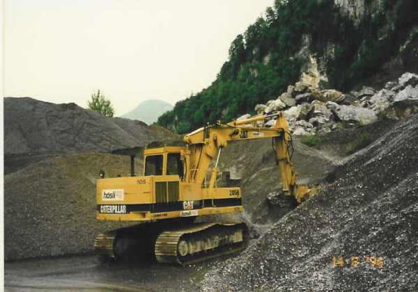 M-105 / Cat 205 B-LC / 81kW / 13to