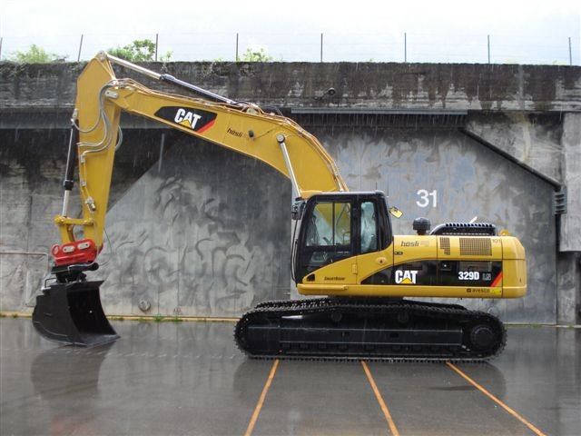M-101 / Caterpillar 329D LN / 207kW / 30to / 2009