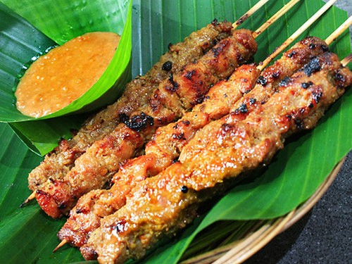 Another delicacy that is central to Indonesian culinary culture is satay, skewers of meat flavoured with spices, grilled or barbecued and then served with a sweet-spicy peanut sauce.