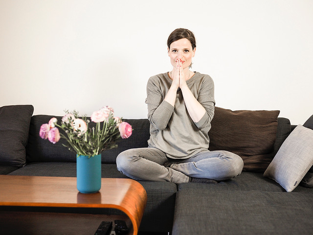 Dana Schwandt über Ayurveda für Mütter: Schlafen, Ernährung und Prioritäten setzen // Mama Yoga Blog MOMazing