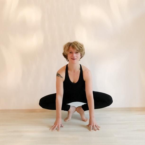 Mama Yoga Blog MOMazing: Yoga- und Ayurveda-Tipps gegen Schlafmangel und Müdigkeit von Lisa Stopik.