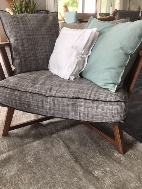 """einladender Sessel """"Gray"""" von Gervasoni"""