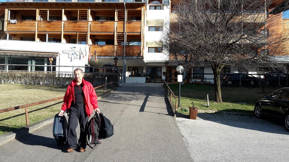 Auschecken aus dem Hotel Olimpionico