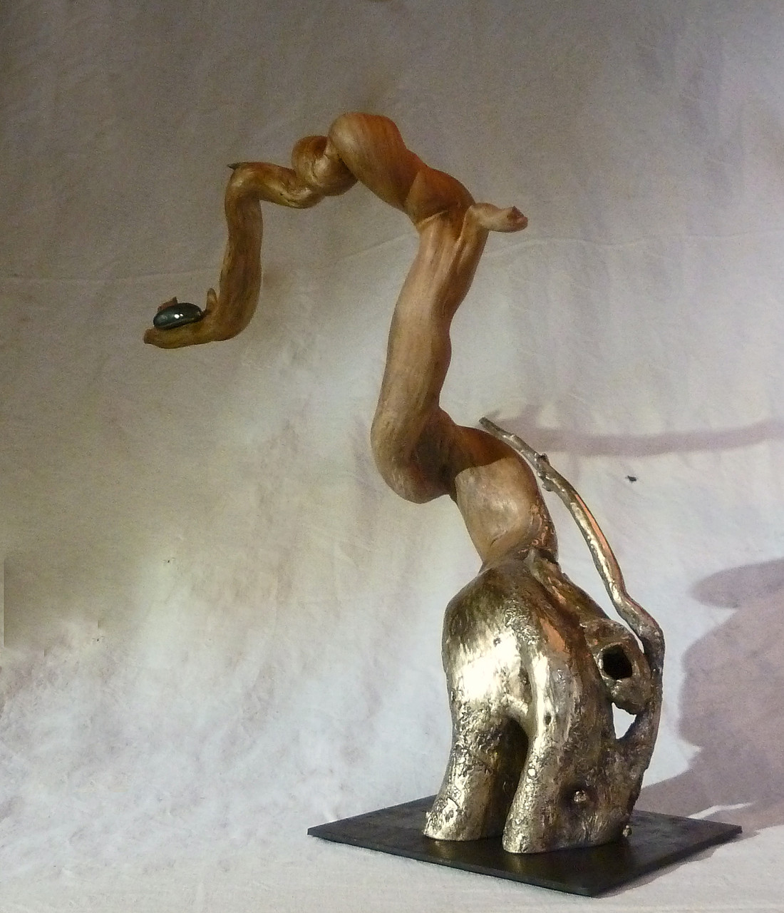 OFFRANDE   Haut 47 cm    (collection particulière)