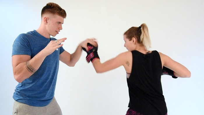 Coach sportif proposant des cours de boxe Francais et Anglais dans les hauts de seine