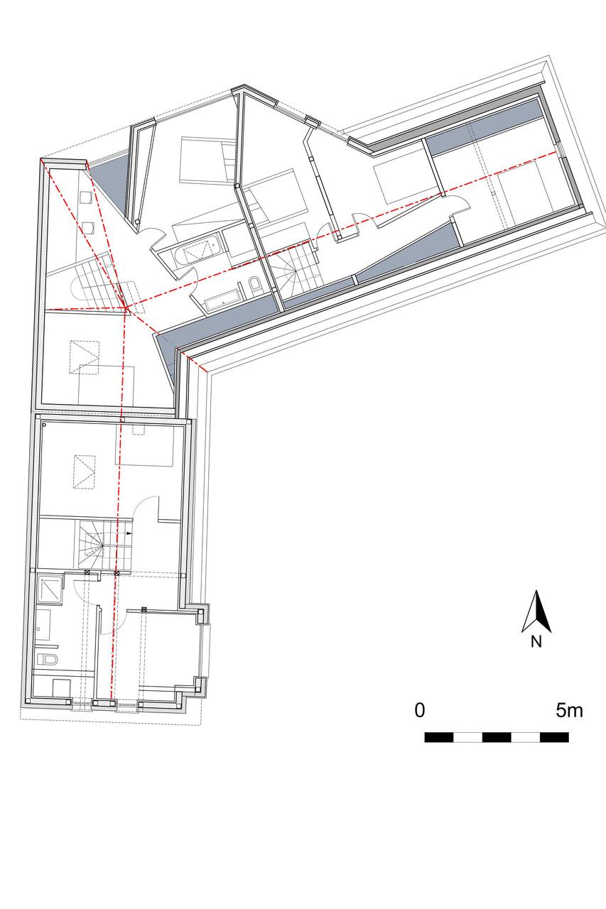 Plan de l'étage faisant apparaître les différentes trémies apportant clarté et volume