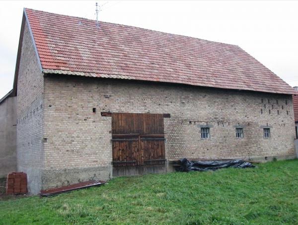 Etat initial - vue la façade côté jardin et du pignon côté ruisseau