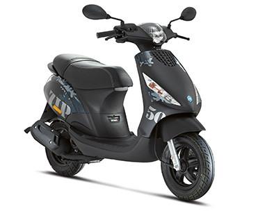 2 scooter Piaggo Zip pour formation 50 cm3, permis AM