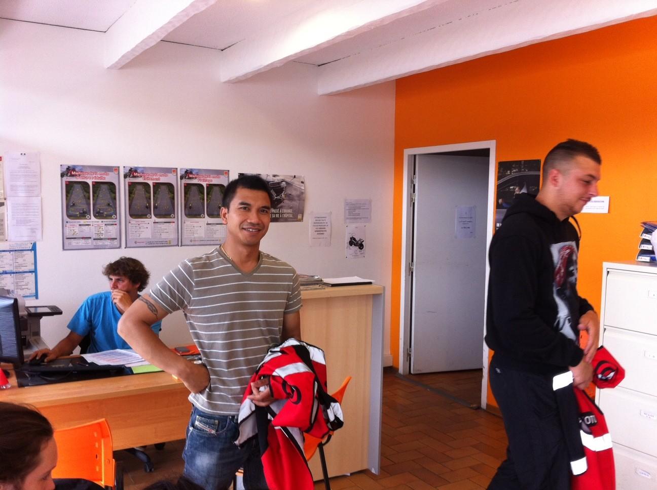 Élève moto centre de formation auto moto scooter Taysse FC