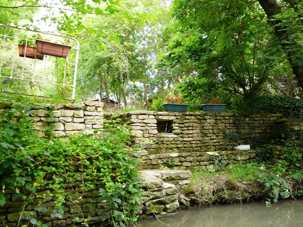 Les habitations du marais ont un côté rue et un côté canal