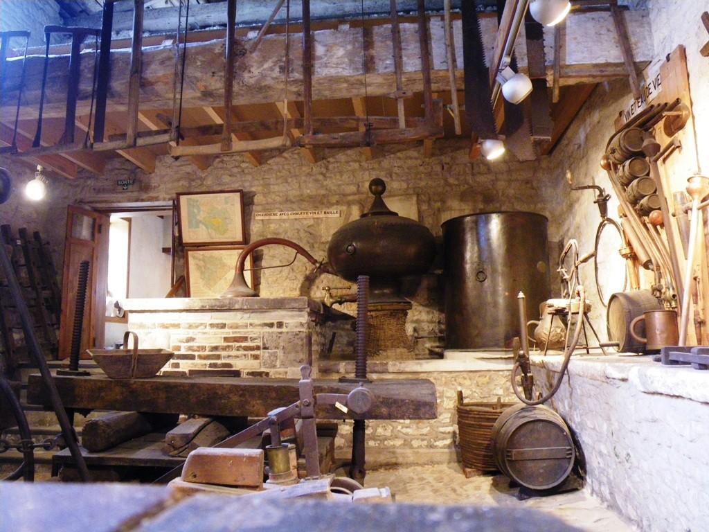 Une magnifique exposition d'outils anciens