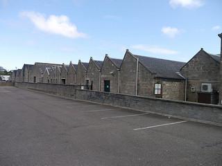 スコットランド・エルギンにあるG&M社の貯蔵庫