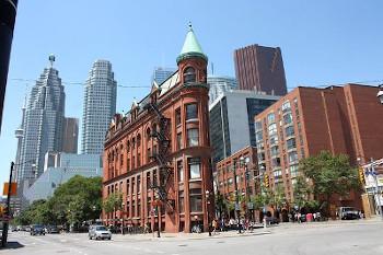 オンタリオ州の州都トロントの画像