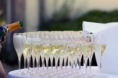 Champagne シャンパン