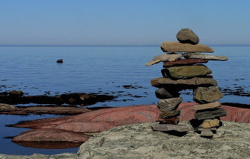 inuksuk イヌイットが石で作る目印「イヌクシュク」