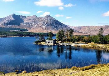 アイルランド・コネマラの湖の画像