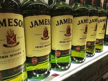ジェムソンのボトル画像
