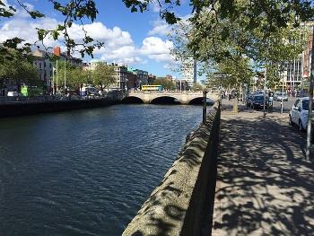 River Liffey ダブリンのリフィー川
