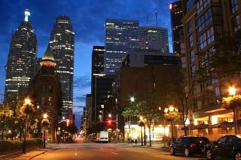 都会の夜景画像