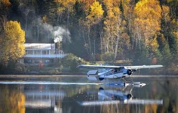 水上飛行機の画像