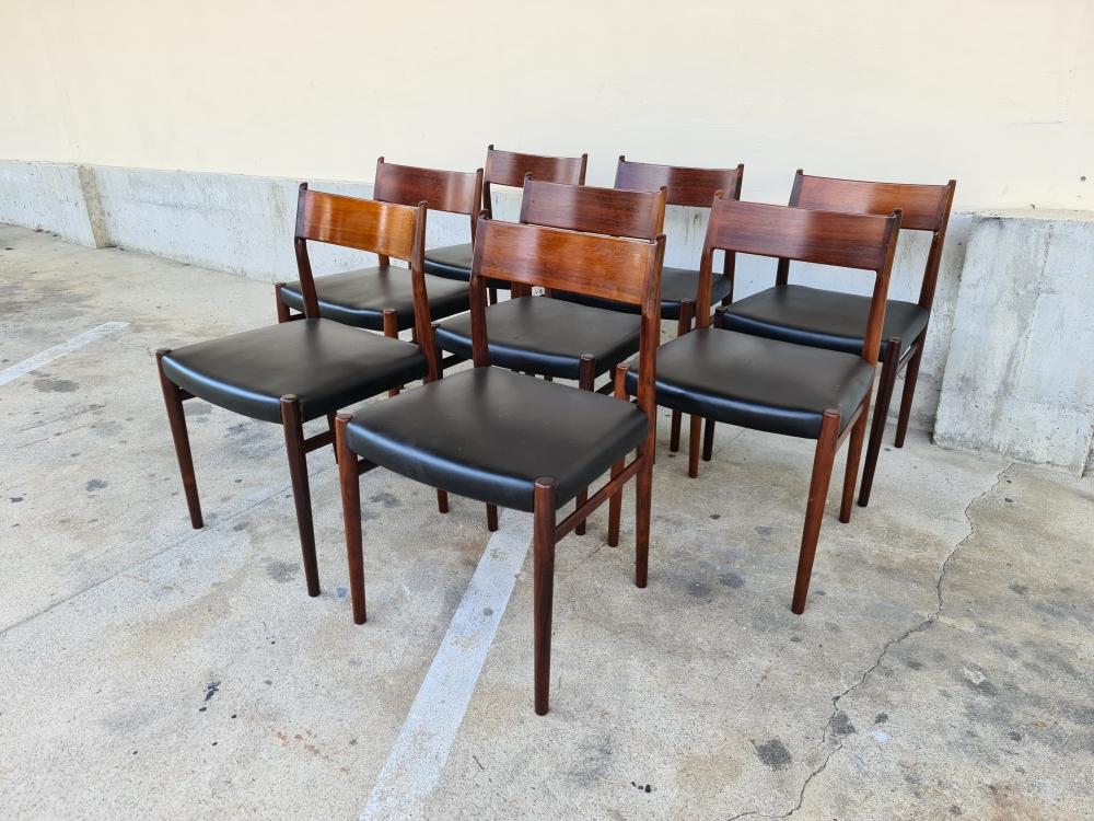 Arne Vodder 8 chaises 412 en palissandre pour Sibast