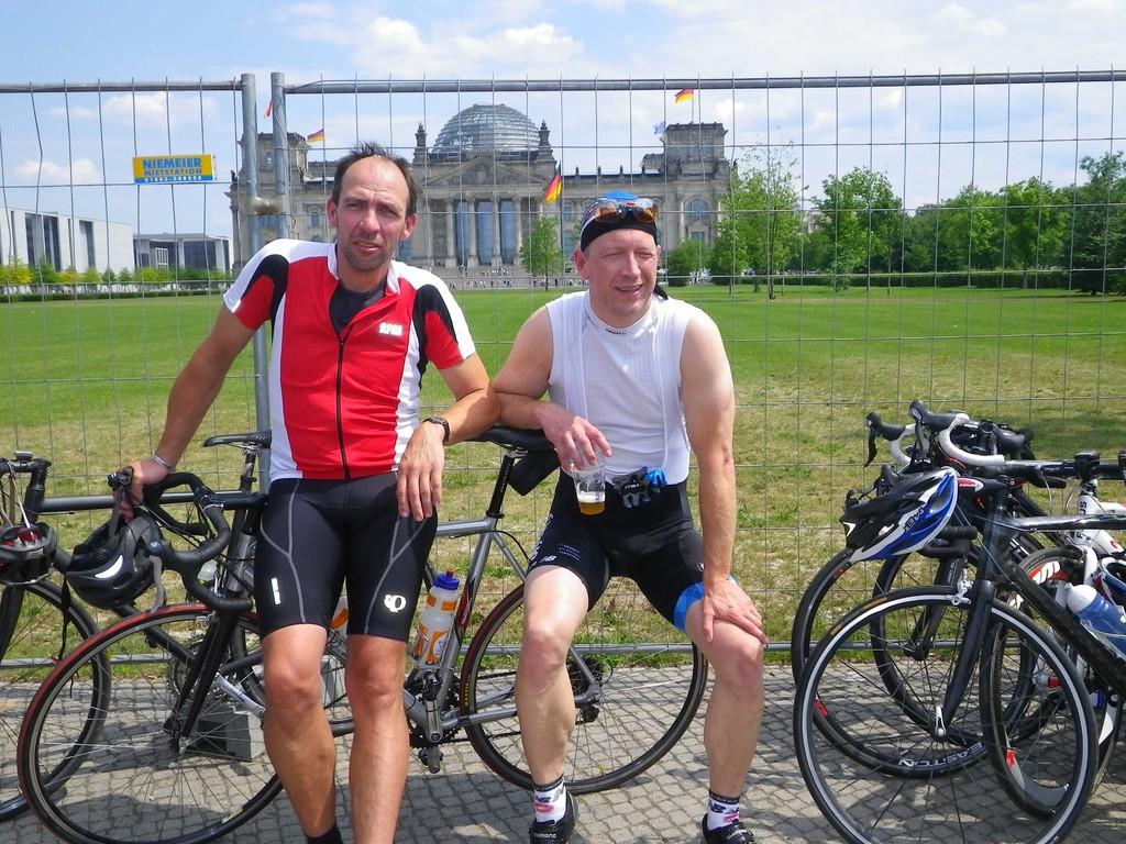 vor dem Reichstag...