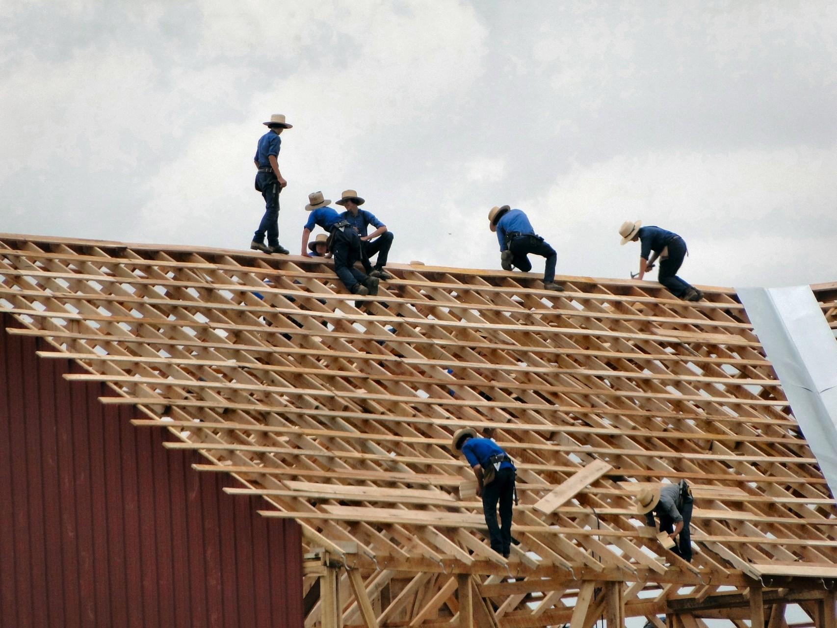 In één dag, samen, een huis bouwen