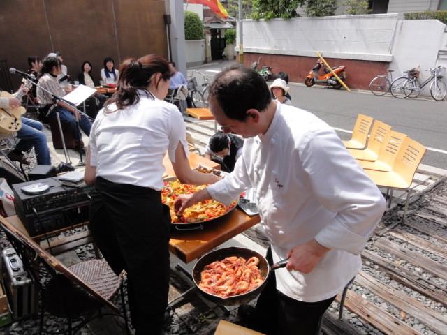 2011年5月 東日本大震災復興支援のつどいにて