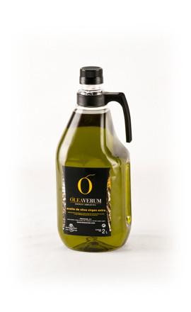 レストラン、家庭の様々なシーンに合わせて2Lボトルもございます。