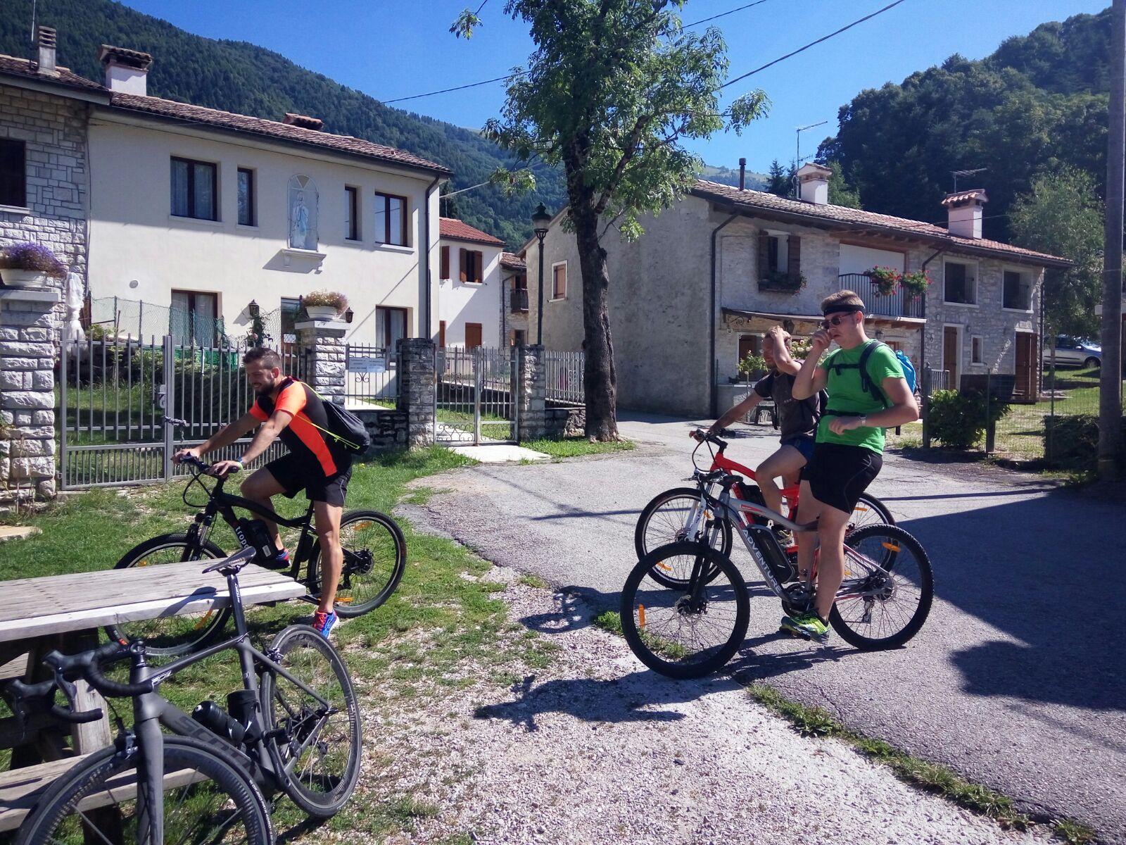 Punto Service Milies di segusino in e-bike