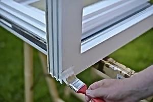Lackierung - Renovierung mit Bergotec Kunststoff-Fenster-Lack
