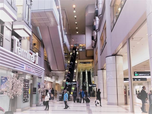 東急東横線「自由が丘」駅の街並み