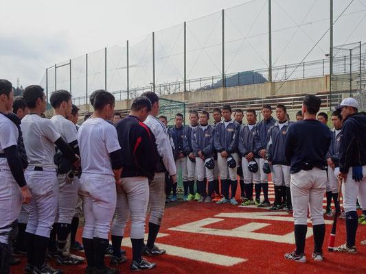 静岡県立掛川工業高校と合同練習の風景。