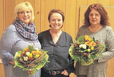 Wurden verabschiedet: (von links) Angela Raue mit der 1.Vorsitzenden Birgitt Fasshauer und Renate Mahnke.