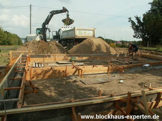 Betonverschalung - www.blockhaus-experten.de