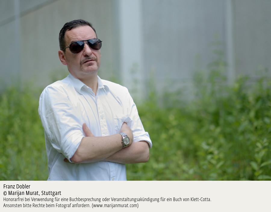 Franz Dober - Ein Bulle im Zug - Foto Marijan Murat - kulturmaterial