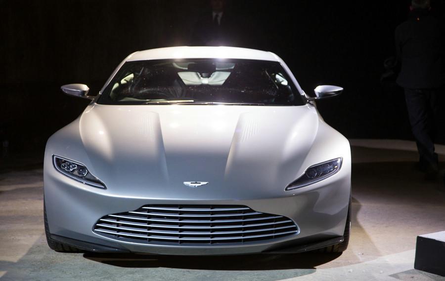 Spectre Trailer - Bond 24 - Sony - kulturmaterial - Aston Martin DB 10
