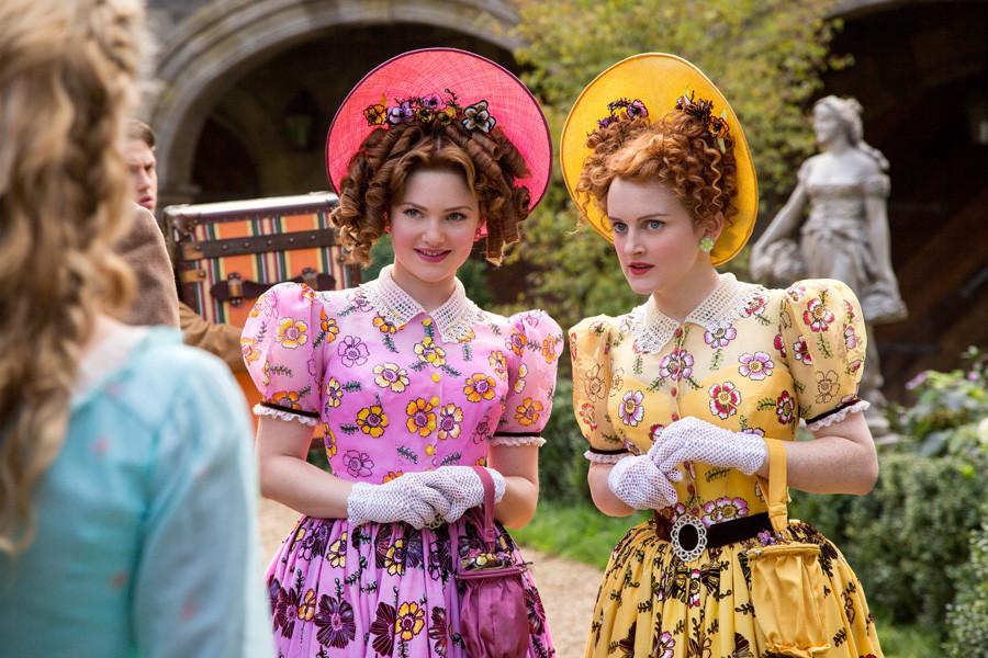 Cinderella - Holliday Grainger - Sophie McShera - Disney - kulturmaterial