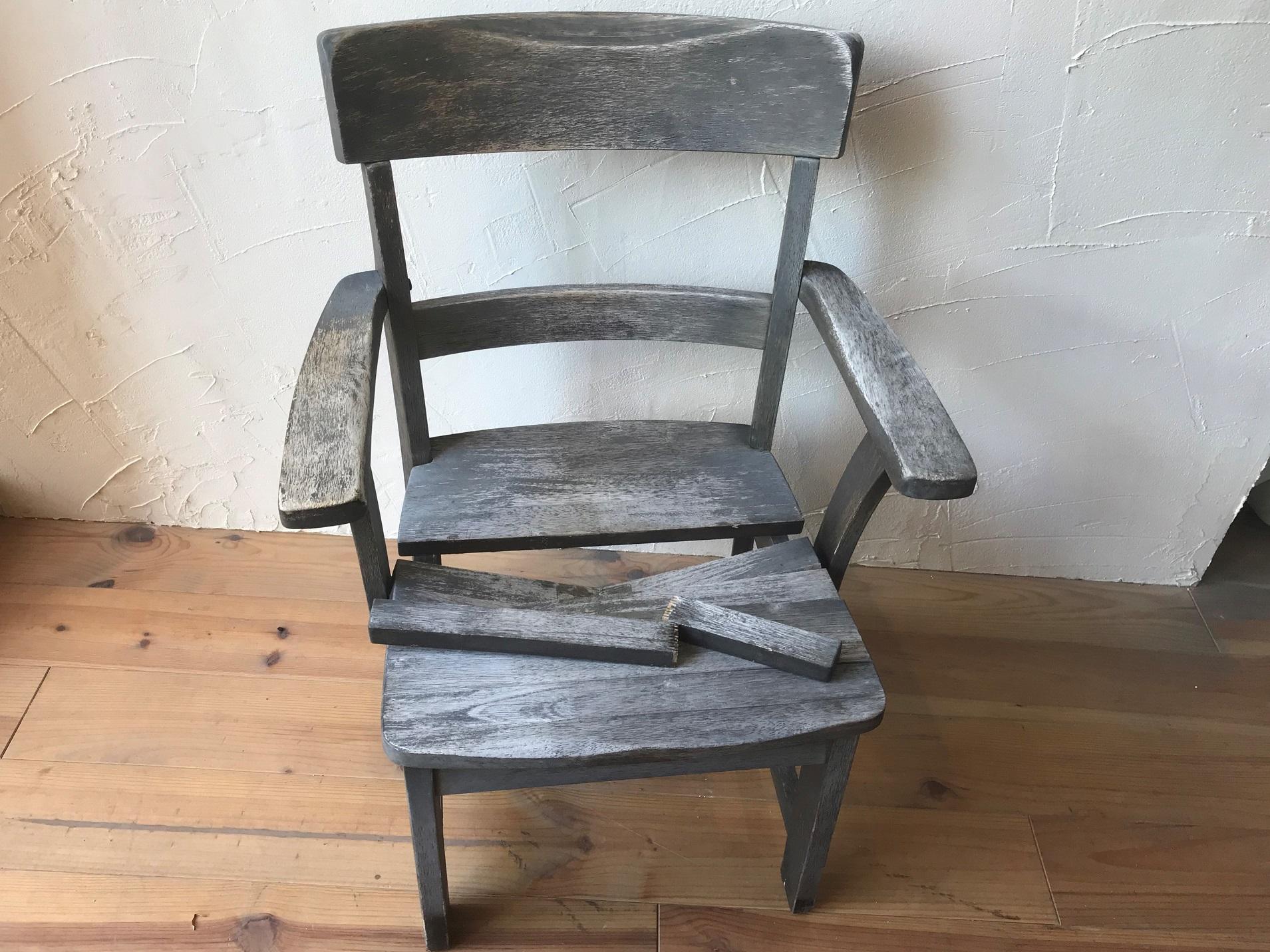 驚愕の家具修理!肘付椅子が蘇る!・尼崎市
