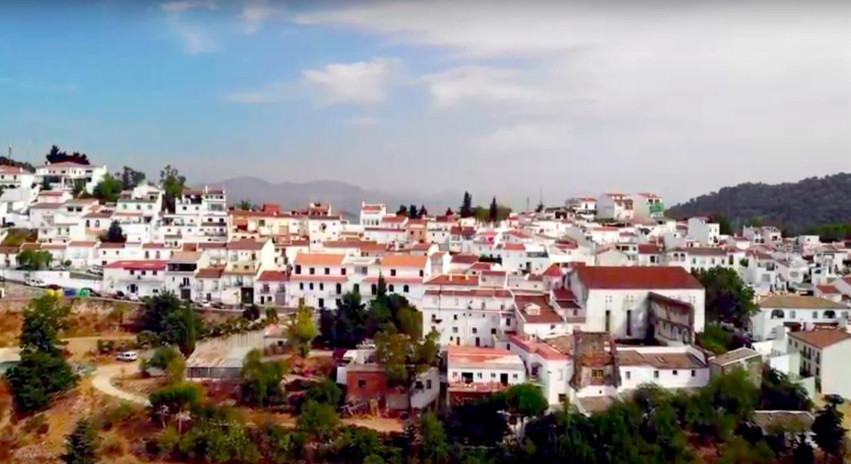 "Click 'Read more..."" for Video: Sian's Estudio de la Huerta del Convento, Gaucin (Sian Faber Artworks - drone2018)"