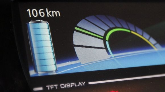 Display der Renault ZOE (Quelle: goingelectric.de)