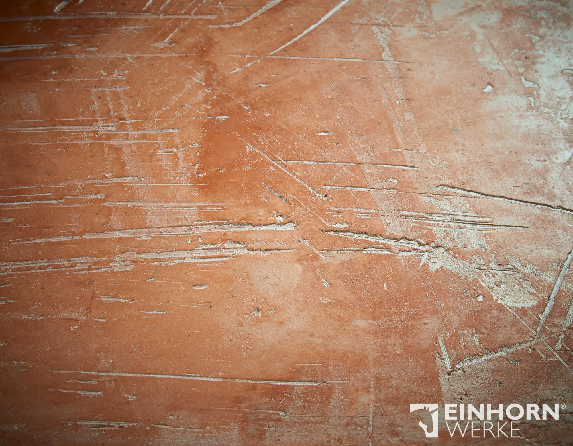 STUCCORINO 3207 & STUCCORINO 3204 ineinander gezogen + Goldglimmer mittel + Stuccorino Effect Turmalin + Einhorn Werke Wand und Bodenöl plus Marmorputz Wandgestaltung Tirol