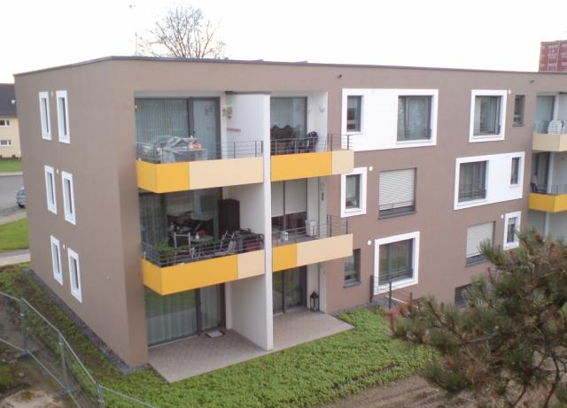 """Barriere freies Wohnen Neubau von 3 x 12 WE in Bottrop als KfW-55 Häuser. Konzept offene Wohnform nach """"Bielefelder Modell"""", d.h. wahlweise mit Betreuung für Menschen ab 60 .  Bauvolumen: 4 Mio. €"""