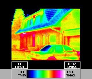Gebäudethermografie Aufnahmen eines Zweifamilienhause (ohne Auswertung) - zwecks Darstellung von Wärmeverluste