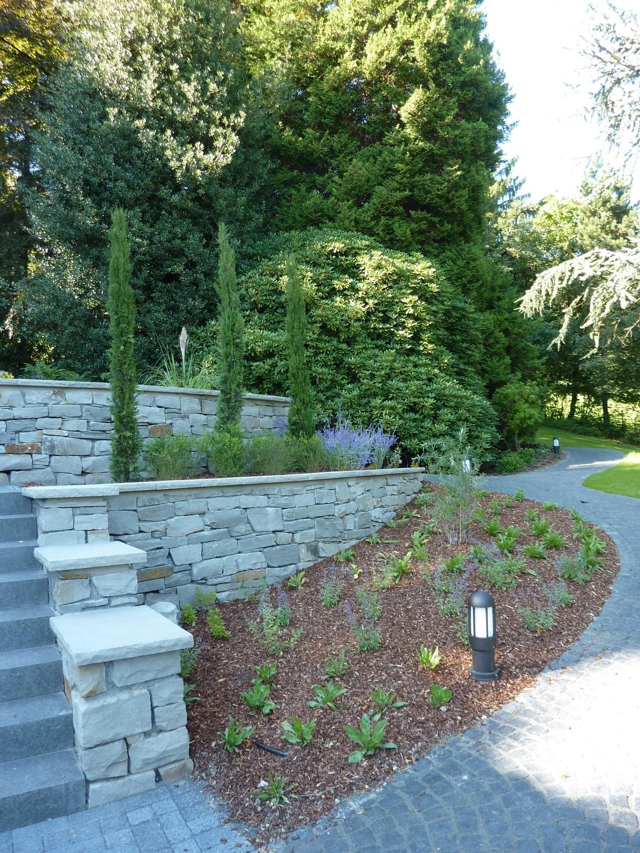 Mauern z une auler garten und landschaftsbau aus for Gartengestaltung app