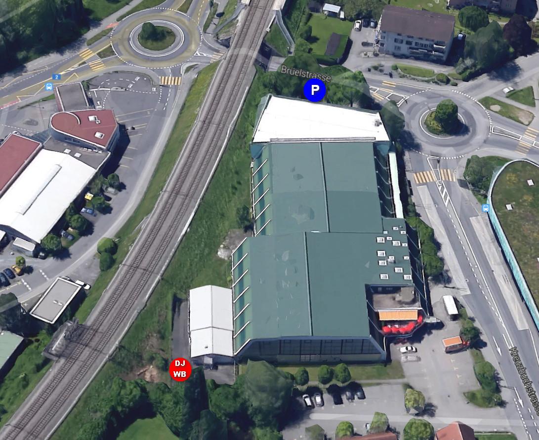 Luftbild Raum für Bewegungskunst und Parkplatz